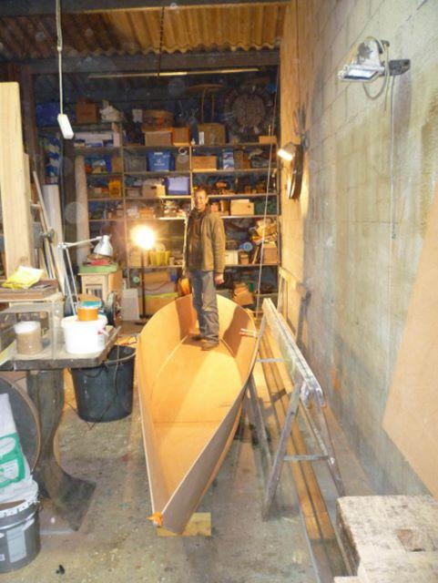 construction bateau bois les plaques de contre plaqu. Black Bedroom Furniture Sets. Home Design Ideas