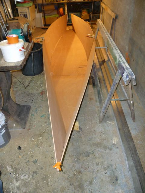 construction bateau bois le bateau fait 6m de long. Black Bedroom Furniture Sets. Home Design Ideas