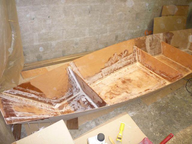 construction bateau bois 420 03 construire bateau cousu colle technique joint resine epoxy. Black Bedroom Furniture Sets. Home Design Ideas